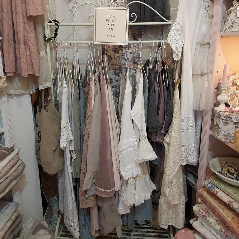 skandinavische Wohnaccessoires, Dekorationen, Textilien und Greengate Geschirr in Michelstadt